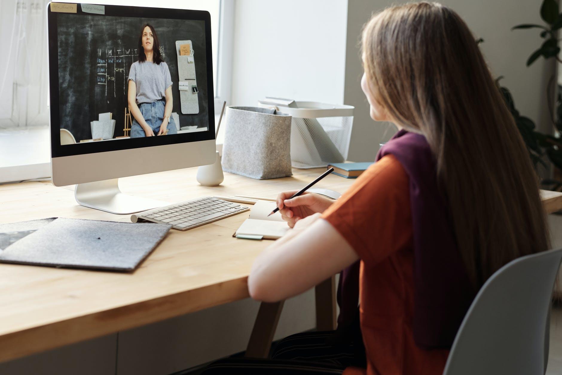curso-semipresencial-aula-online